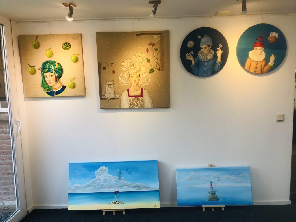 Nieuwe Expositie Van Olieverf Schilderijen Van Loes Soffers En Anouk